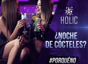 Noche de cócteles en Holic