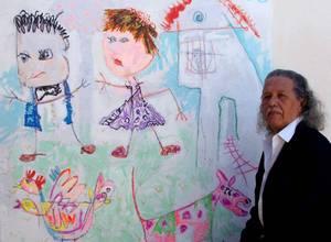Alirio Infante pinta desde el imaginario de los niños