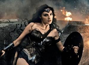 Este es el primer trailer oficial de La mujer Maravilla