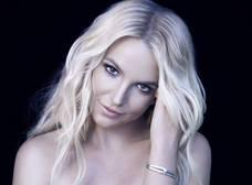 Britney Spears enciende las playas de Hawaii con su sexy figura