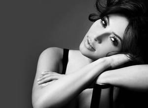 Asi maquilla Kim Kardashian su trasero