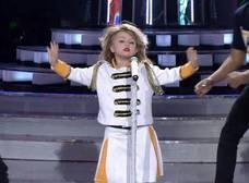 Mira la increíble imitación de una niña de 7 años de Taylor Swift