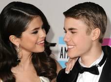 Justin Bieber cree que la relación entre Selena y The Weeknd es un montaje