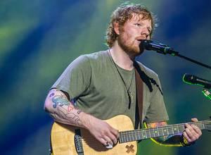 """Ed Sheeran estrena video musical """"Shape of you"""""""