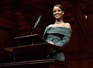 El inspirador discurso de Rihanna después de aceptar un premio en Harvard