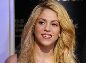 """Shakira demostró que todavía baila bien en adelanto del video de """"Deja Vu"""""""