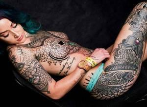 [FOTOS] Esta chica gastó 20 mil dólares en tatuajes