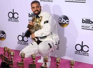Drake superó a Adele en el record de premios Billboard
