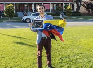 Venezolano gana el premio de animación de Disney