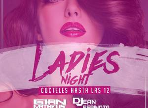 Hoy es de Ladies Night en Maroma Bar