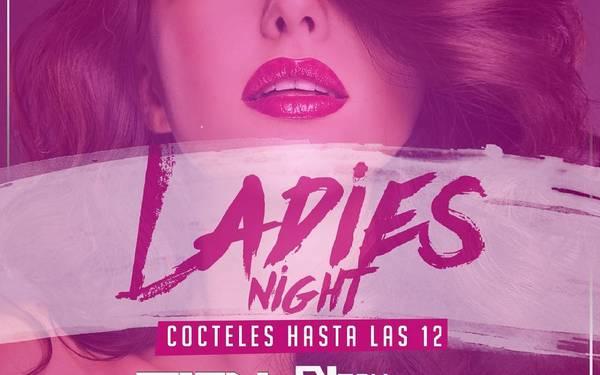 Hoy es de Ladies Night en Maroma Bar