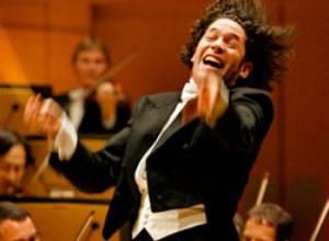 """Gustavo Dudamel reúne a estrellas latinas en su festival """"Americas & Americans"""""""