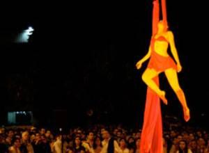 Este sábado culmina el festival Por el medio de la Calle
