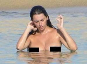 Impactante topless de Penélope Cruz luego de ser mamá (Fotos)