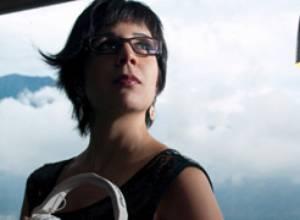 DJ Vicky estremece la movida electrónica en Caracas