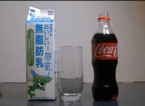 Nunca mezcles leche con CocaCola o te arrepentirás