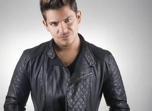 """Oscarcito estrenará su nuevo tema """"Tumbayé"""" en los Premios Juventud"""