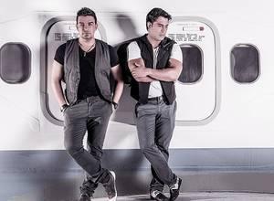 """""""Dame un beso"""", el nuevo tema de Los Aviadores con Víctor Drija"""