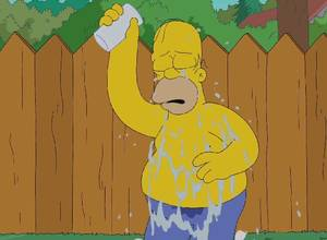 "[VIDEO] Así fue el ""Ice Bucket Challenge"" de Homero Simpson"