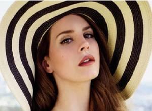 Las fotos de Lana del Rey en la revista Maxim