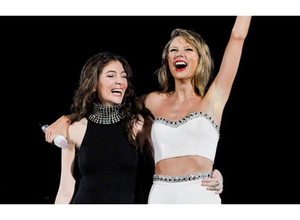 """Taylor Swift cantó """"Royals"""" con Lorde"""