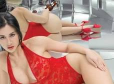 Diosa Canales te dejará sin aliento con su bikini blanco