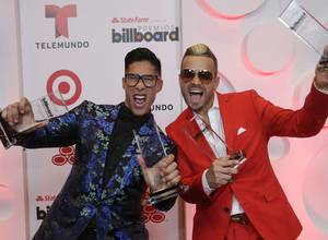 Chino y Nacho reciben nominación a los Premios Billboard 2016