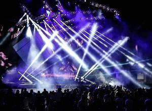 La Blackout Party convirtió al Poliedro de Caracas en una mega discoteca