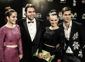 La Black Carpet de la Blackout Party estuvo llena de estrellas