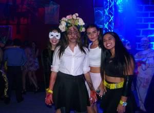 Holic celebró Halloween por todo lo alto