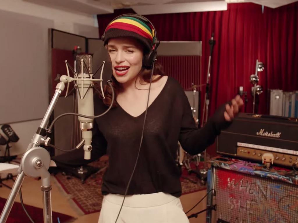 [Videos] 5 famosos que no sabías que podían cantar muy bien