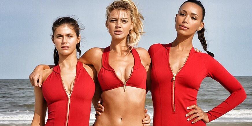 Estas fotos del calendario de la película de 'Baywatch' te pondrán a salivar