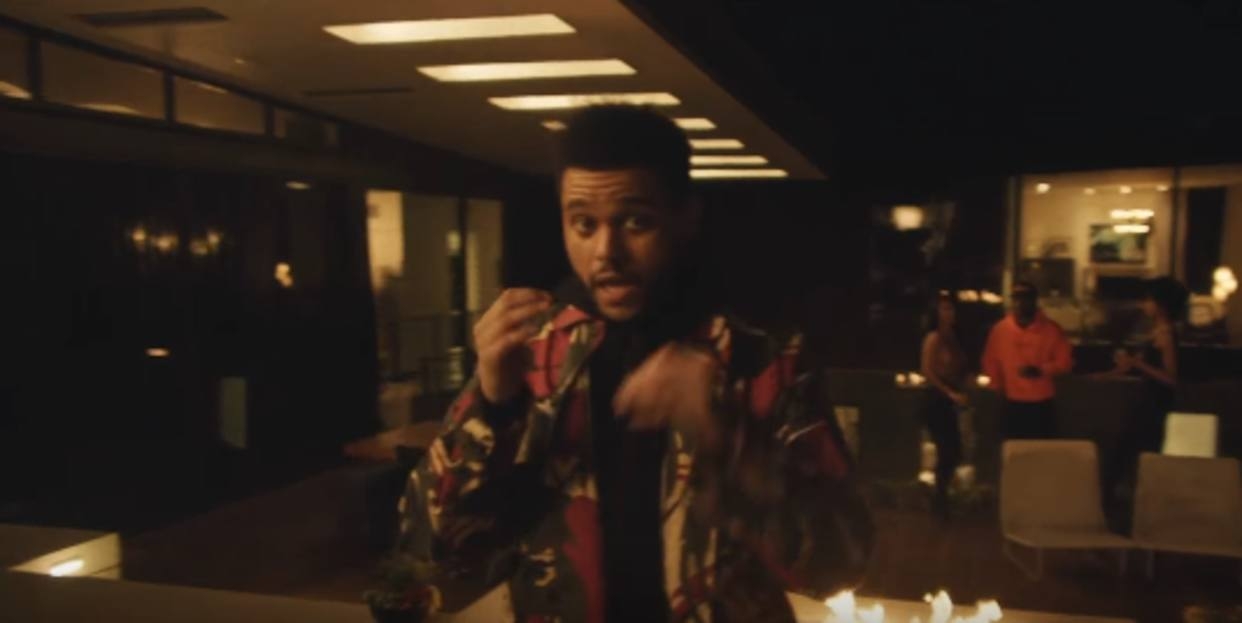 "[Video] The Weeknd estrena el videoclip de ""The Reminder"""