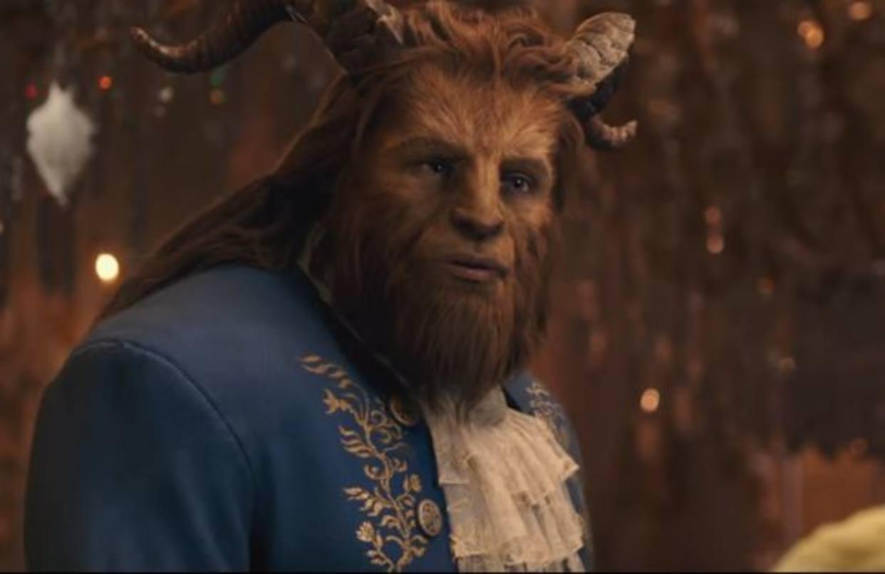 Ya se estrenó el video musical de Beauty and the Beast