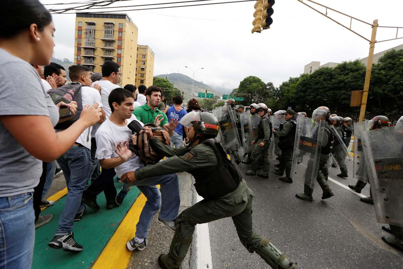 Varios cineastas venezolanos documentan las protestas antigubernamentales
