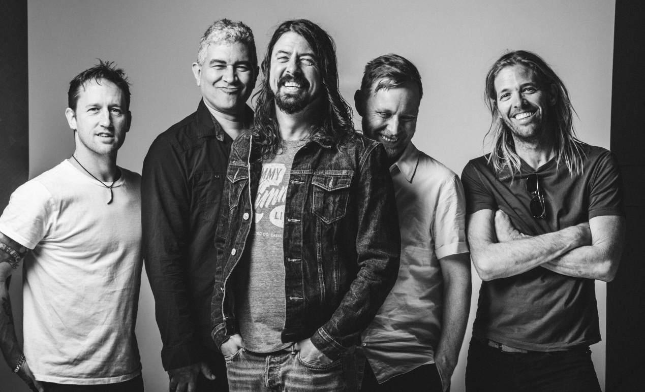 Escucha un nuevo tema de Foo Fighters, ¡en vivo!