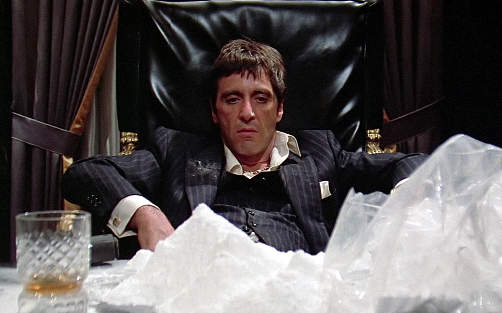 """El director del remake de """"Scarface"""" renuncia por un guión muy """"orscuro"""""""