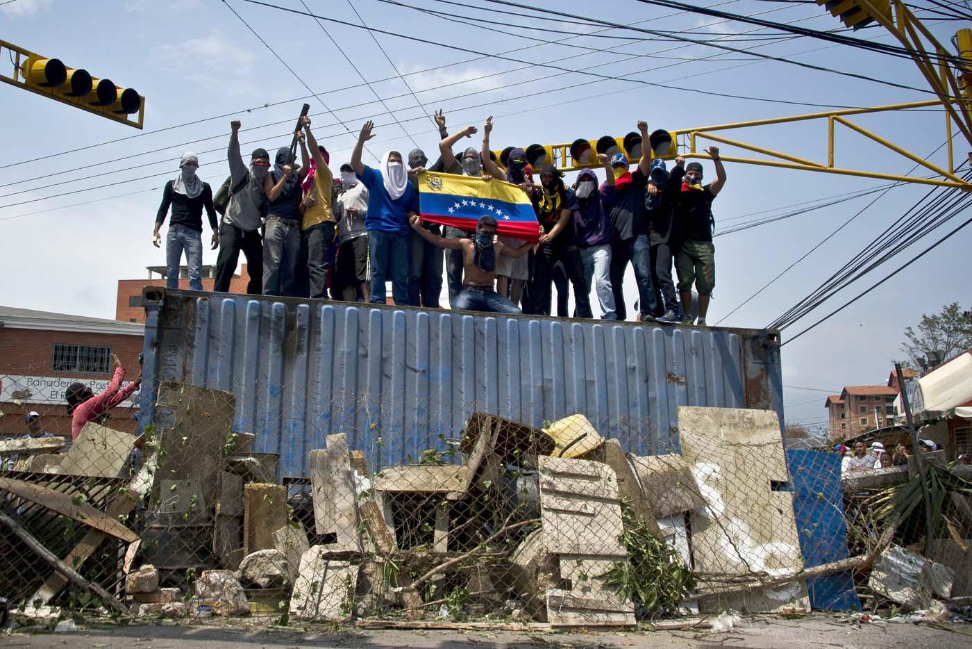 Jóvenes de Táchira detenidos en las protestas obtienen libertad condicional