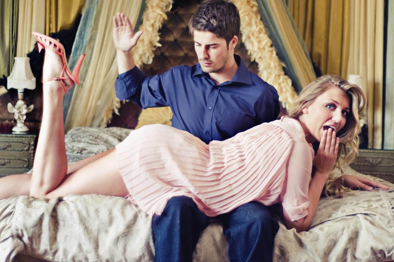 Entre placeres sexuales: las nalgadas