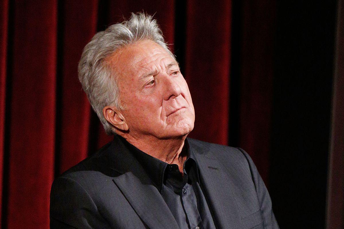 Dustin Hoffman también es acusado de acoso sexual