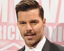 Ricky Martin niega rumores de boda y revela sus secretos para seguir en forma