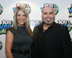 Elvis Castillo y Karen Bitton las voces de Ven 100.7 FM