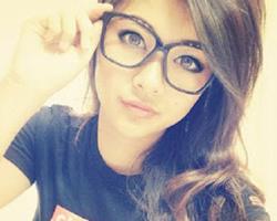 Lolazo - Chicas sexys con gafas 43 Fotos Parte 2