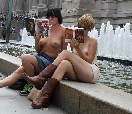 Ny park desnuda tomando el sol