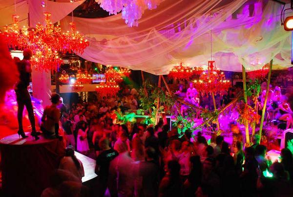 discoteca pacha en ibiza: