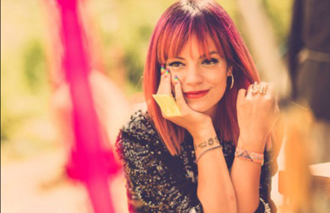"Lily Allen estrena el video de ""As Long As I Got You"""