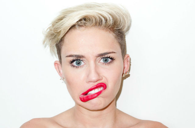 [TOP 20] Fotos más #WTF de Miley Cyrus