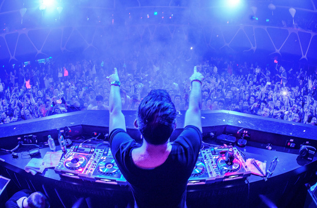 """Young Again"", el nuevo video de Hardwell"