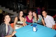 Ana Luisa, Isabel, Nelly, Yugli y José
