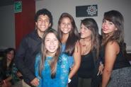 Luis Cárdenas, Alba, Yesenia y sus amigas